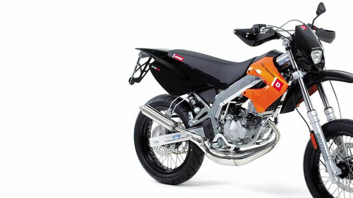 Derbi Supermrd Drd On White Background In Black